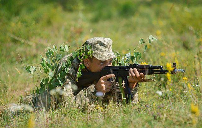 Доба взоні АТО: бойовики 17 разів відкривали вогонь, загинув один військовий