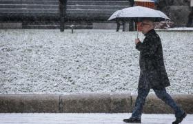 Фото: Сніг на вулиці (nv.ua)