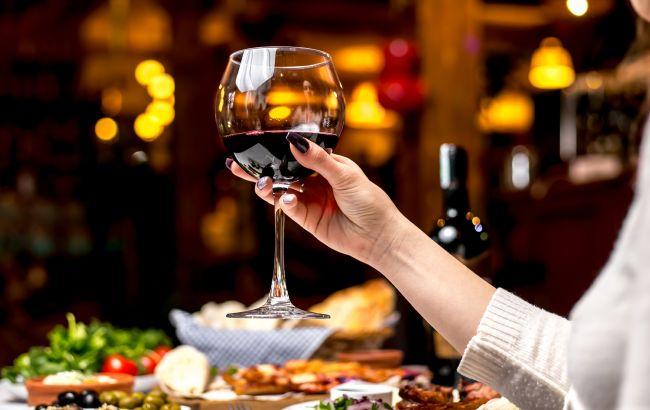 В Україні подорожчали вина і шампанське: стали відомі нові ціни