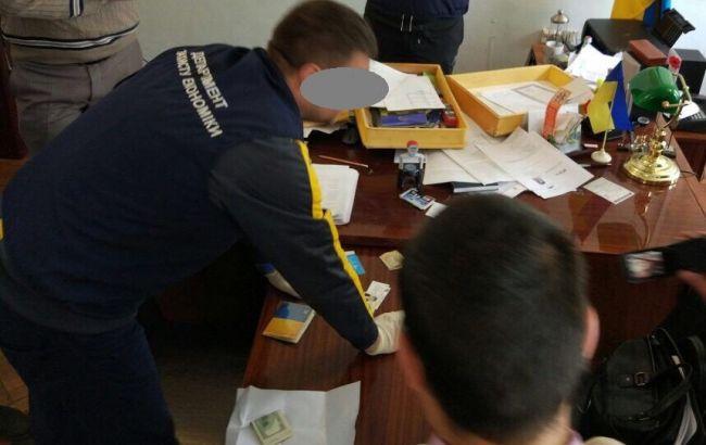 В Одеській прокуратурі розповіли подробиці затримання на хабарі глави РДА