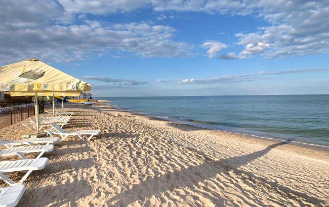 Загрязнение, засуха и бездействие: почему Азовское море страдает от медуз, отталкивая туристов