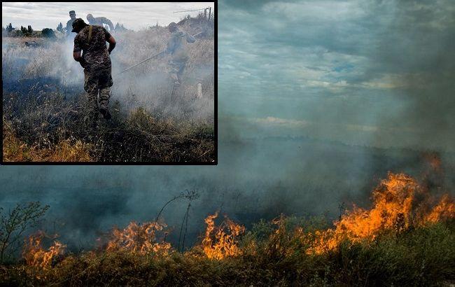 Масштабный пожар в зоне ООС привел к детонации снарядов: подробности ЧП (видео)