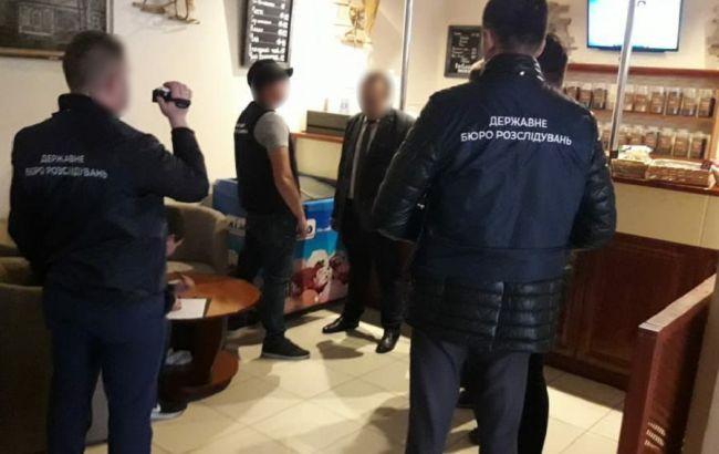 У Хмельницькій області затримали на хабарі прокурора