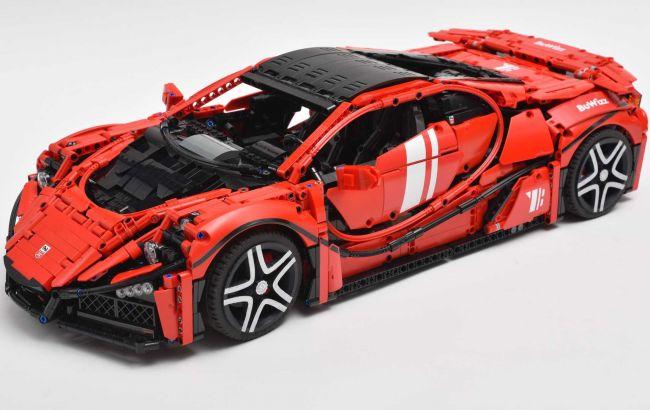Представлений найшвидший автомобіль, зібраний з Lego