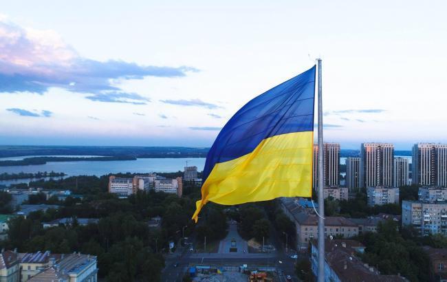 Голик: у Дніпрі відбувся технічний підйом прапора України на висоту 72 метри