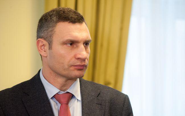 Кличко призывает свидетелей дать полиции показания против водителя, который заехал на мост
