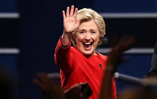Мировые рынки признали победу Клинтон над Трампом надебатах,