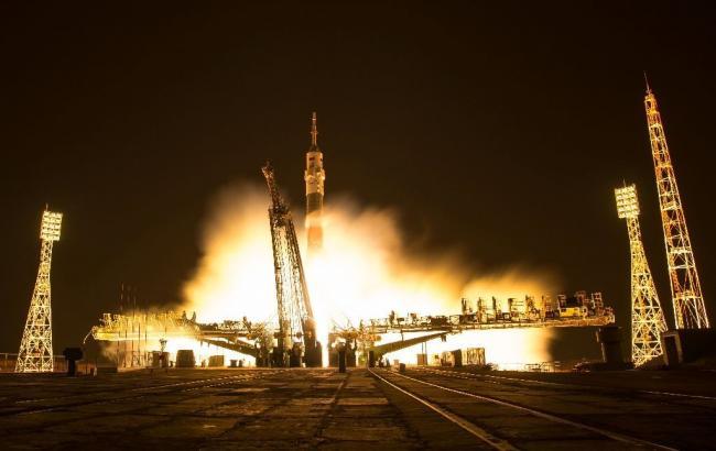 «Союз» с астронавтами пристыковался кМКС