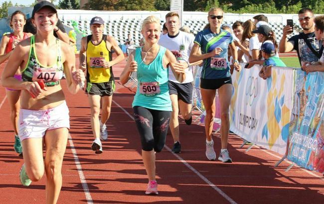 Фото: Юлія Світлична на марафоні в Харкові (прес-служба ХОДА)