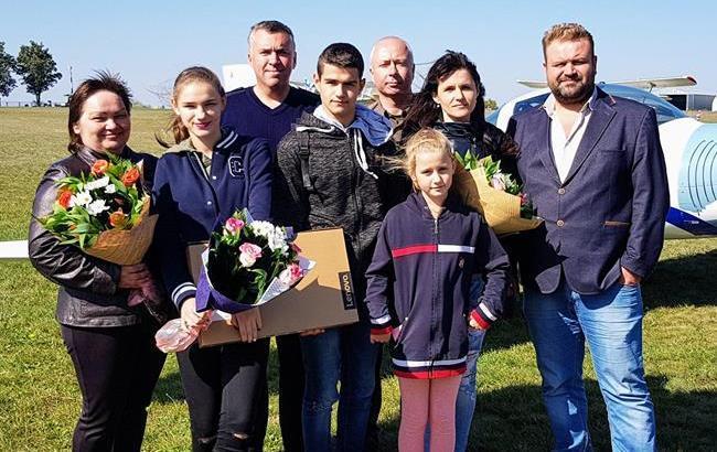 """Волонтеры осуществили мечты героев, спасших детей из пожара в одесском лагере """"Виктория"""""""