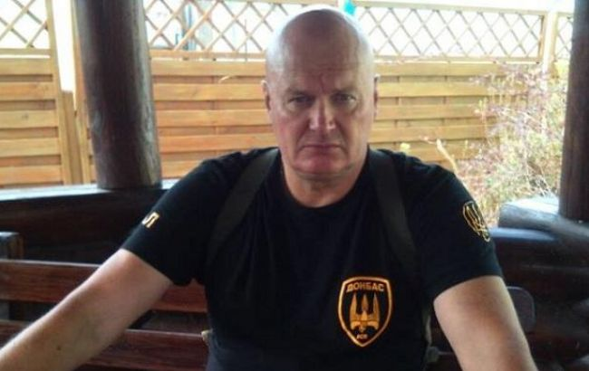 У Києві під будівлею МВС мітингувальники вимагали звільнення добровольців