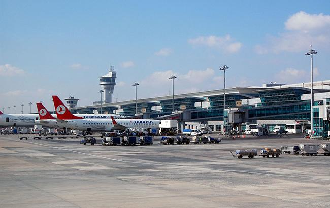 Пассажирские самолеты РФ и Турции опасно сблизились над Стамбулом