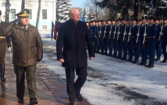 Швеция готова принять участие в миротворческой миссии на Донбассе