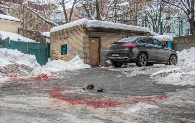 В урядовому кварталі вбили чоловіка