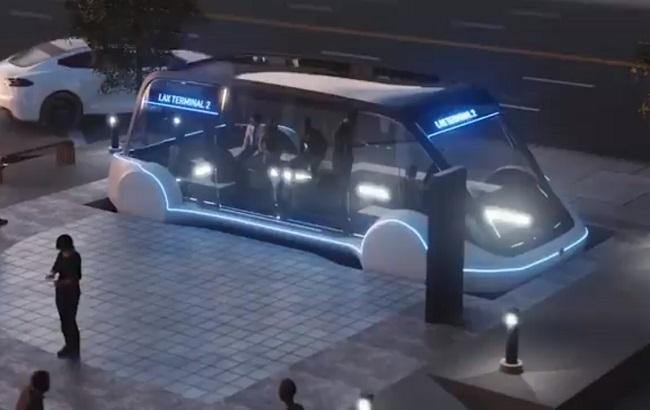 Фото: электробус Илона Маска (скриншот с видео Илона Маска)