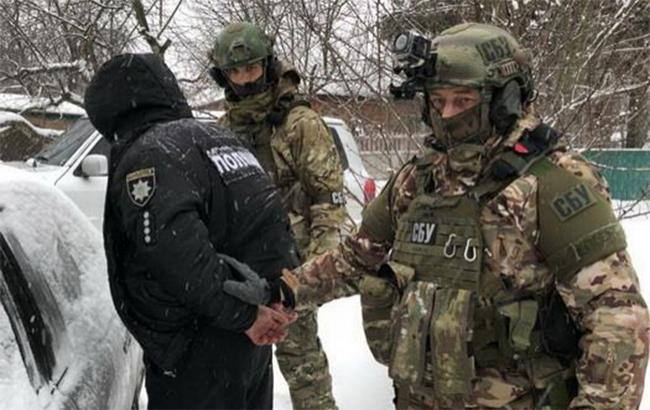 Фото: арест агента РФ (facebook.com-SecurSerUkraine)