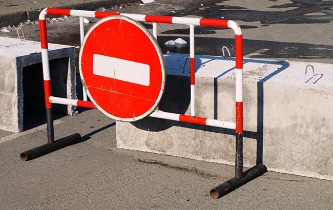 Под Николаевом граждане перекрыли три трассы итребуют ремонта дорог