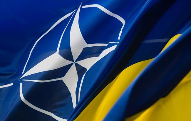 Порошенко затвердив річну програму співпраці Україна-НАТО