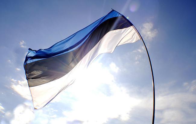 Фото: естонський прапор (flickr.com/mammu-k)