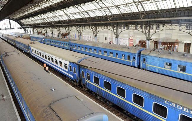 Залізничні квитки в Україні можуть подорожчати в травні на 12%
