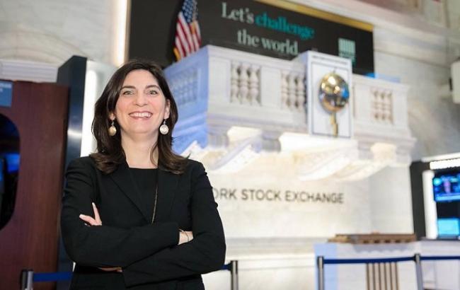 Нью-Йоркскую фондовую биржу впервые возглавила женщина