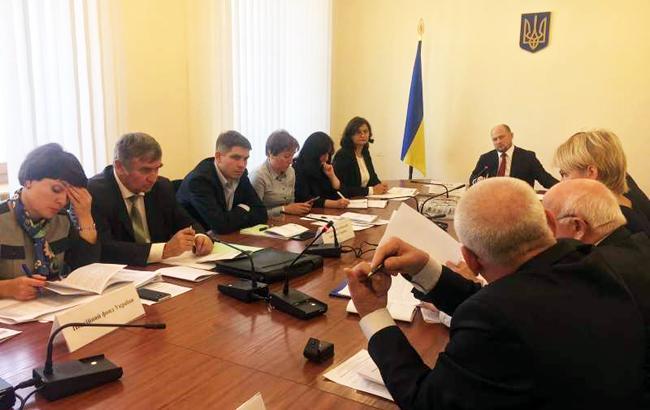 Фото: рабочая встреча в комитете ВР (iportal.rada.gov.ua)