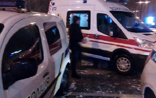 В Киеве внедорожник протаранил полицейских (фото, видео)