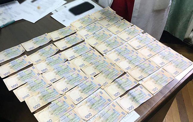 В Киеве разоблачили врачей на вымогательстве взяток у онкобольных пациентов