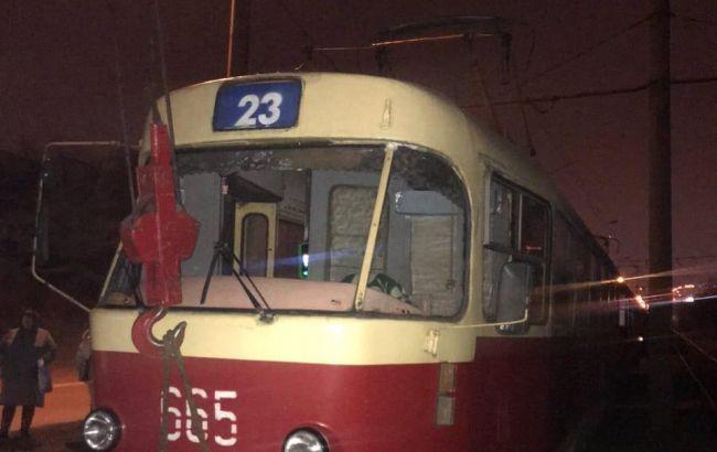 У Харкові трамвай збив насмерть чоловіка