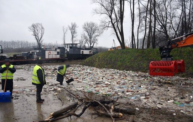 Тонни українського сміття припливли в ЄС: подробиці НП