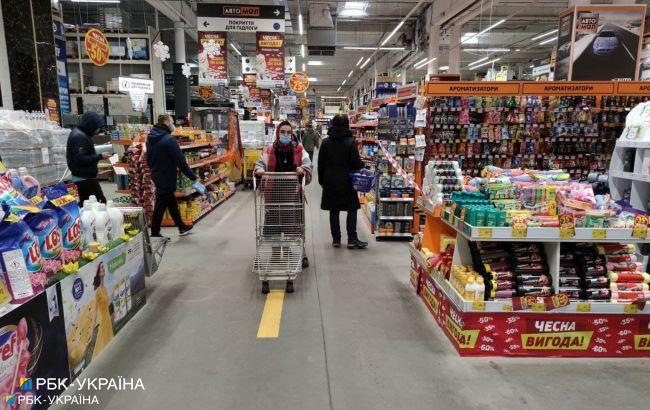 Січневий локдаун: які магазини працюють і що можна купити