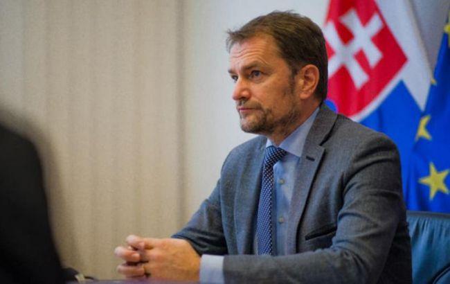 В Словакии требуют отставки премьер-министра из-за закупки российской вакцины