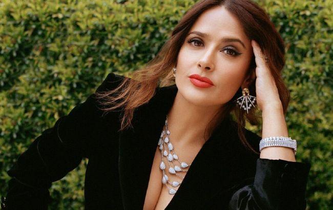 З роками тільки красивіше: 54-річна Сальма Хайек захопила молодим зовнішнім виглядом