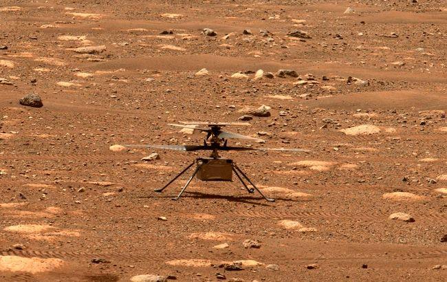 Вертолет NASA сделал новые яркие снимки поверхности Марса