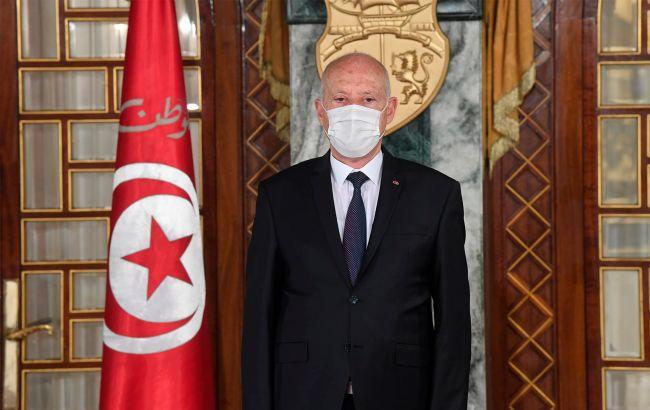 Туніс вводить комендантську годину