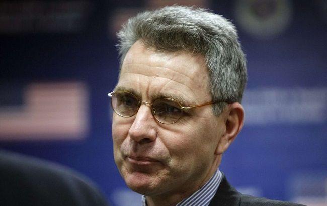 Фото: посол США в Україні Джефрі Пайєтт