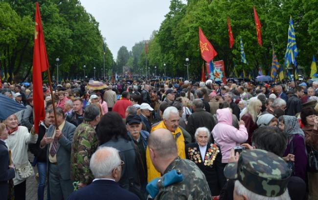 В Запорожье 9 мая прошел митинг на Аллее Боевой Славы