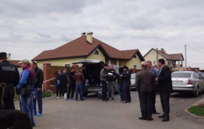 Фото: под Киевом убит директор Caparol в Украине