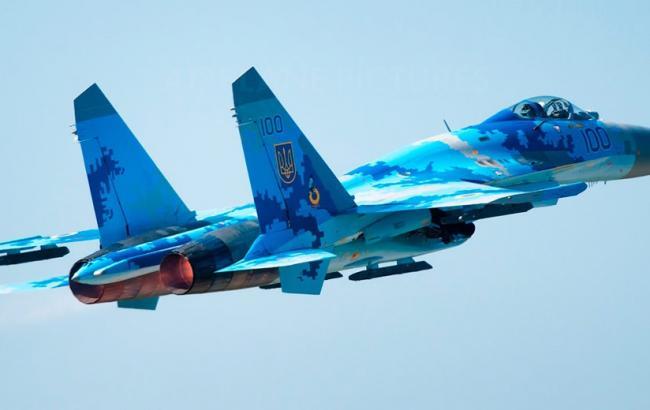 В сети появилось захватывающие видео тренировки украинских истребителей