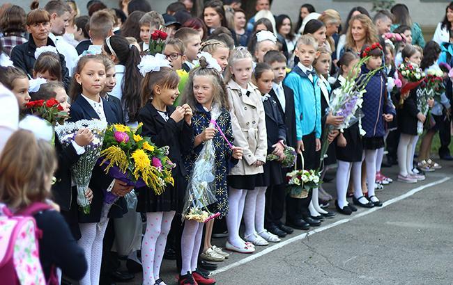 Новый порядок должен ликвидировать возможности для коррупции при зачислении детей в начальную школу (Фото: Леонид Лукашенко/РБК-Украина)
