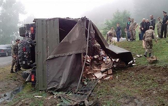 У Вірменії внаслідок ДТП з вантажівкою загинули четверо військових