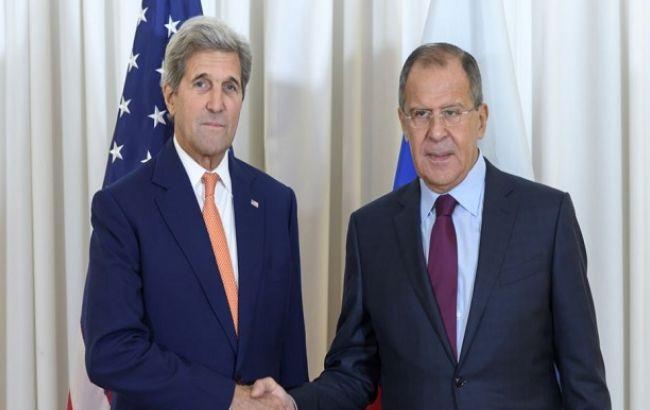 Фото: госсекретарь США Джон Керри и министр иностранных дел РФ Сергей Лавров