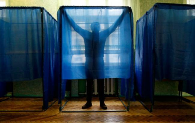 """""""Опора"""": 6-9% избирателей определяются со своим выбором лишь в помещении для голосования"""