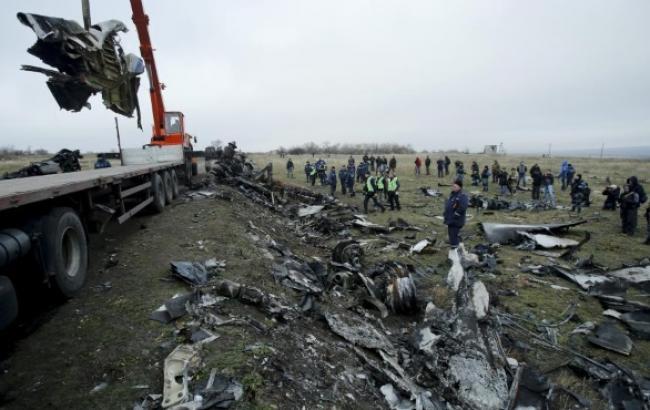 Уламки малайзійського Boeing-777 вирушили до Харкова на 12 вагонах