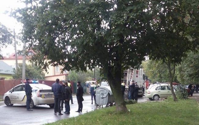 ВоЛьвове мусоровоз переехал насмерть 2-х женщин