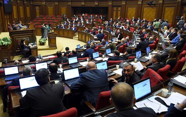 Парламент Армении задумался опризнании независимости Карабаха