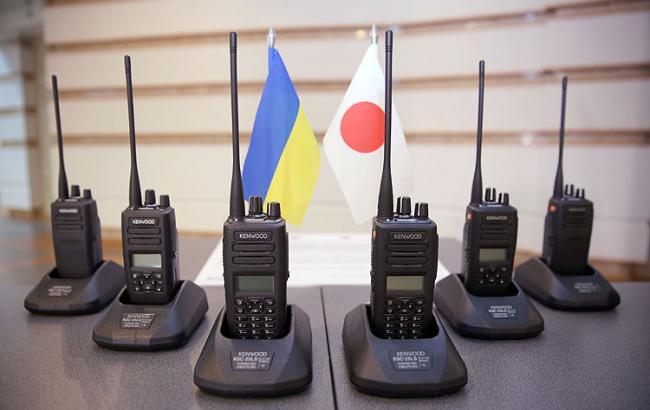 Япония передала Нацполиции спецсредства связи