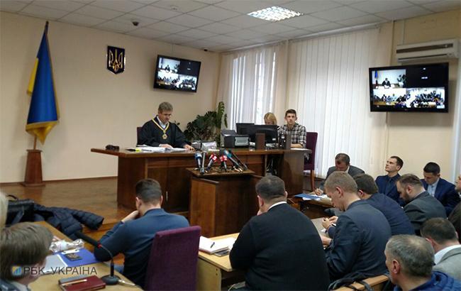 Фото: суд по делу о беспорядках под Радой ушел на перерыв (РБК-Украина)