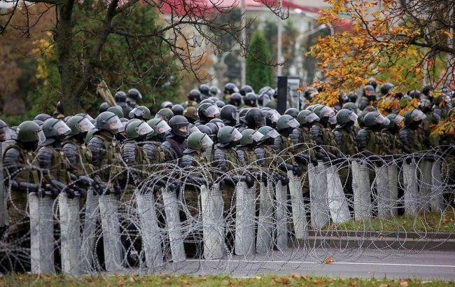 Протести в Мінську: силовики застосували спецзасоби проти демонстрантів
