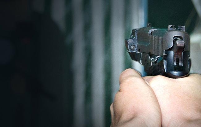 Фото: мужчина застрелился из пистолета (polizei.de)